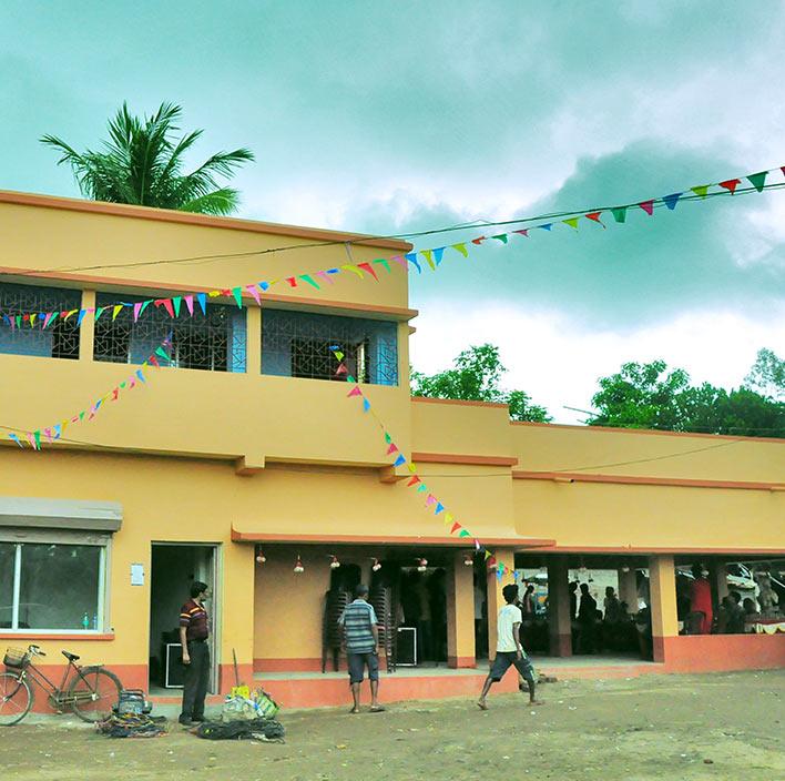 Folk center